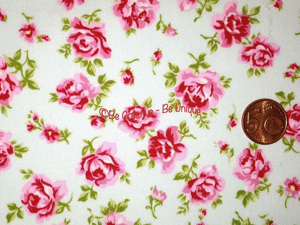 Cotton Poplin - Flowers - Mint